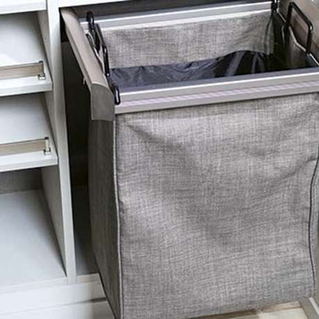 ENGAGE SINGLE BAG PULL-OUT CLOTH HAMPER